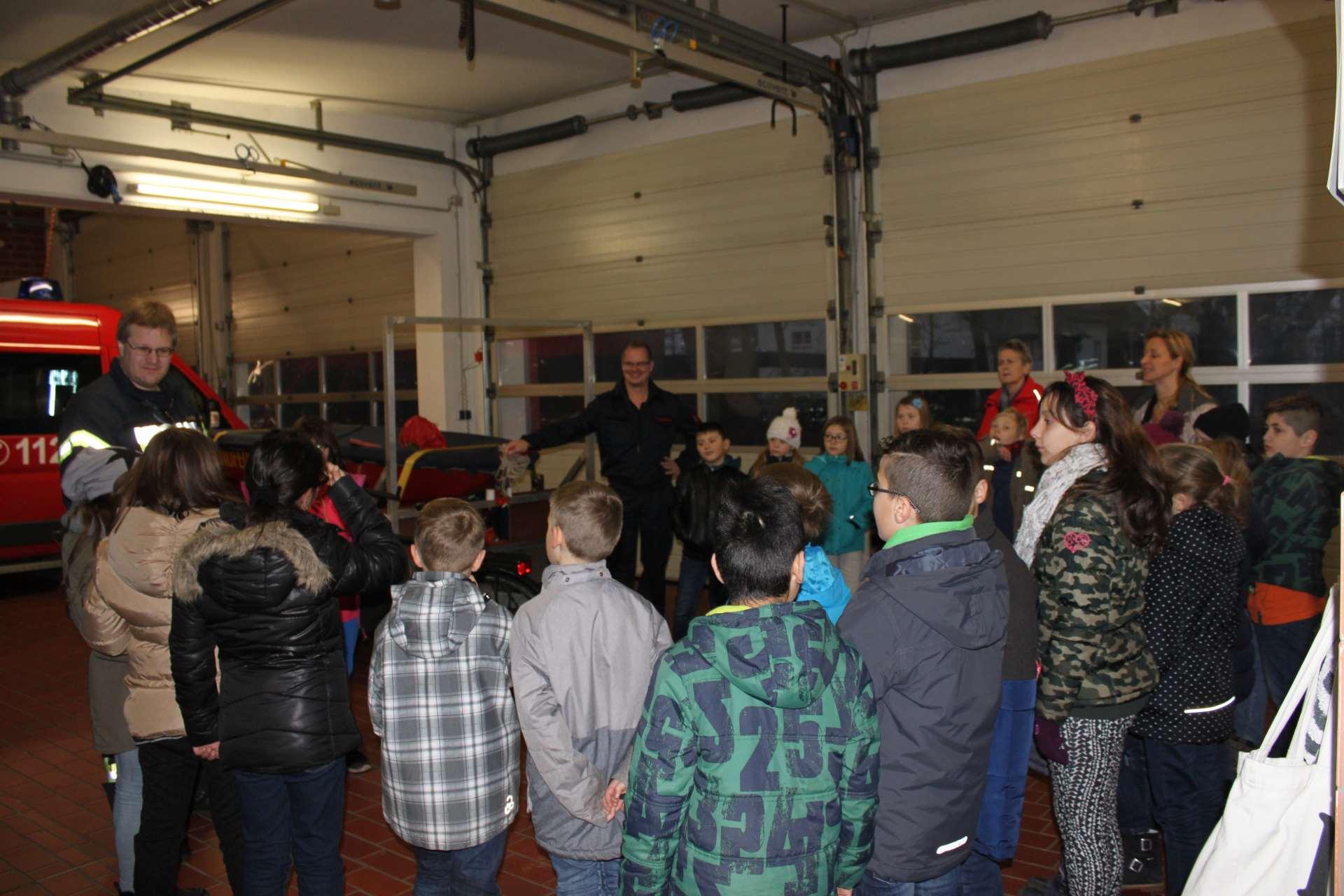 Foto Besuch bei der Feuerwehr Linteln
